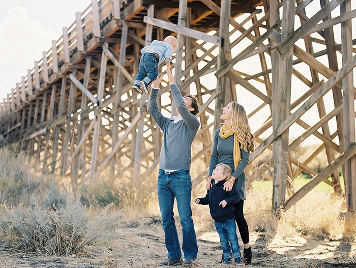 Family portraits at Brasada Ranch0018