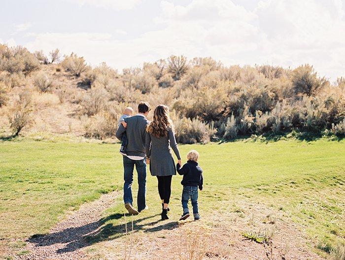 Family portraits at Brasada Ranch0028