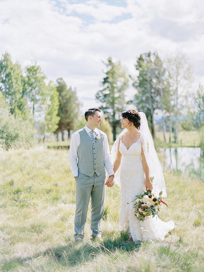sisters-oregon-wedding0015