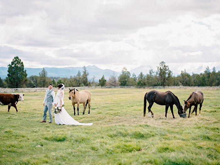 sisters-oregon-wedding0022