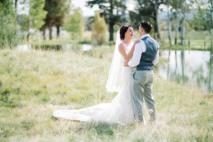 sisters-oregon-wedding0025