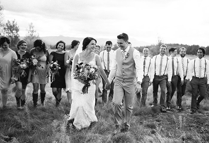 sisters-oregon-wedding0045