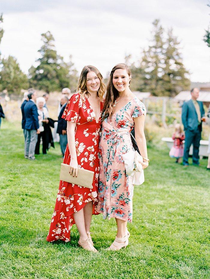 sisters-oregon-wedding0047