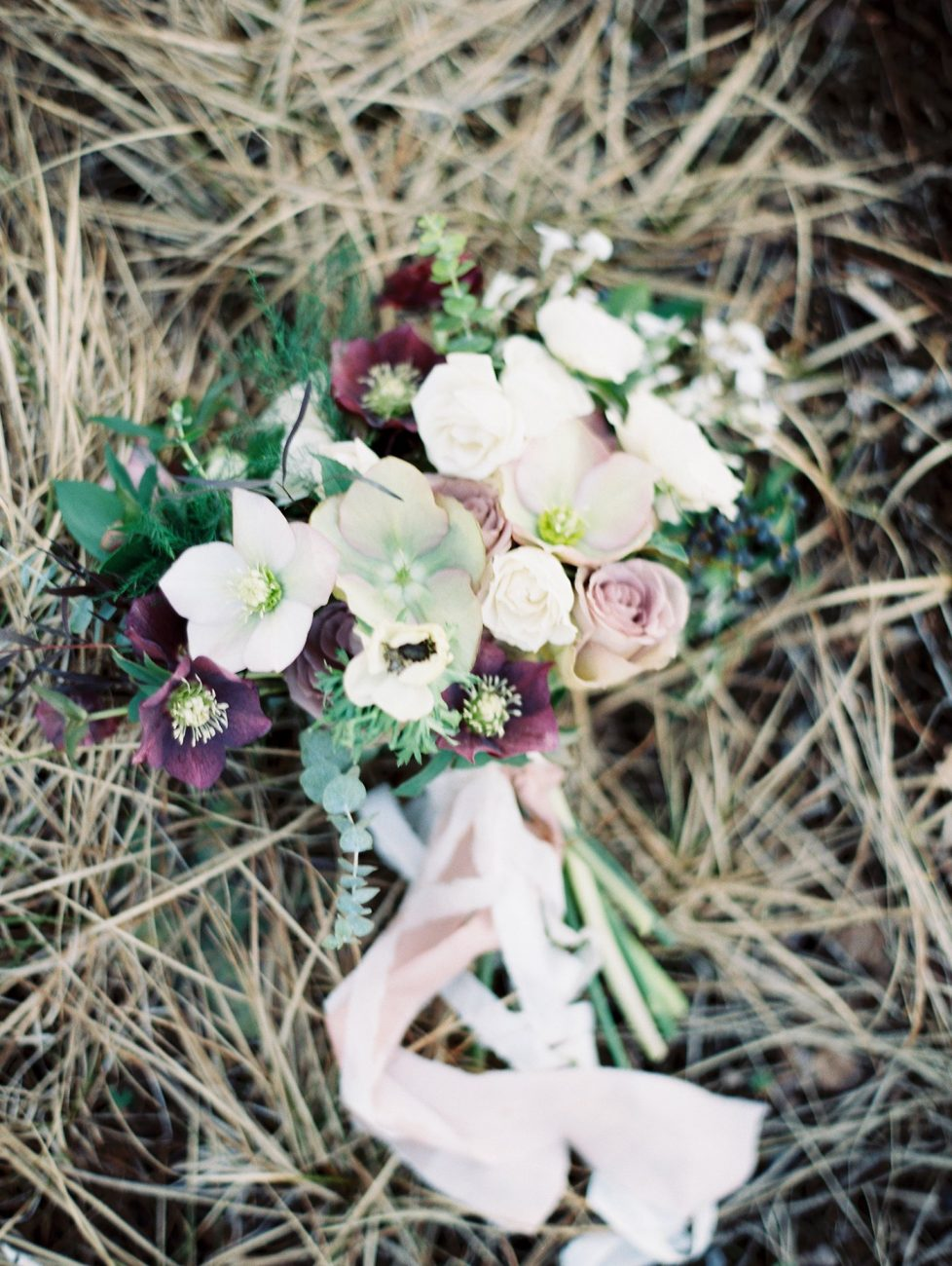 Wedding bouquet photo by Marina Koslow