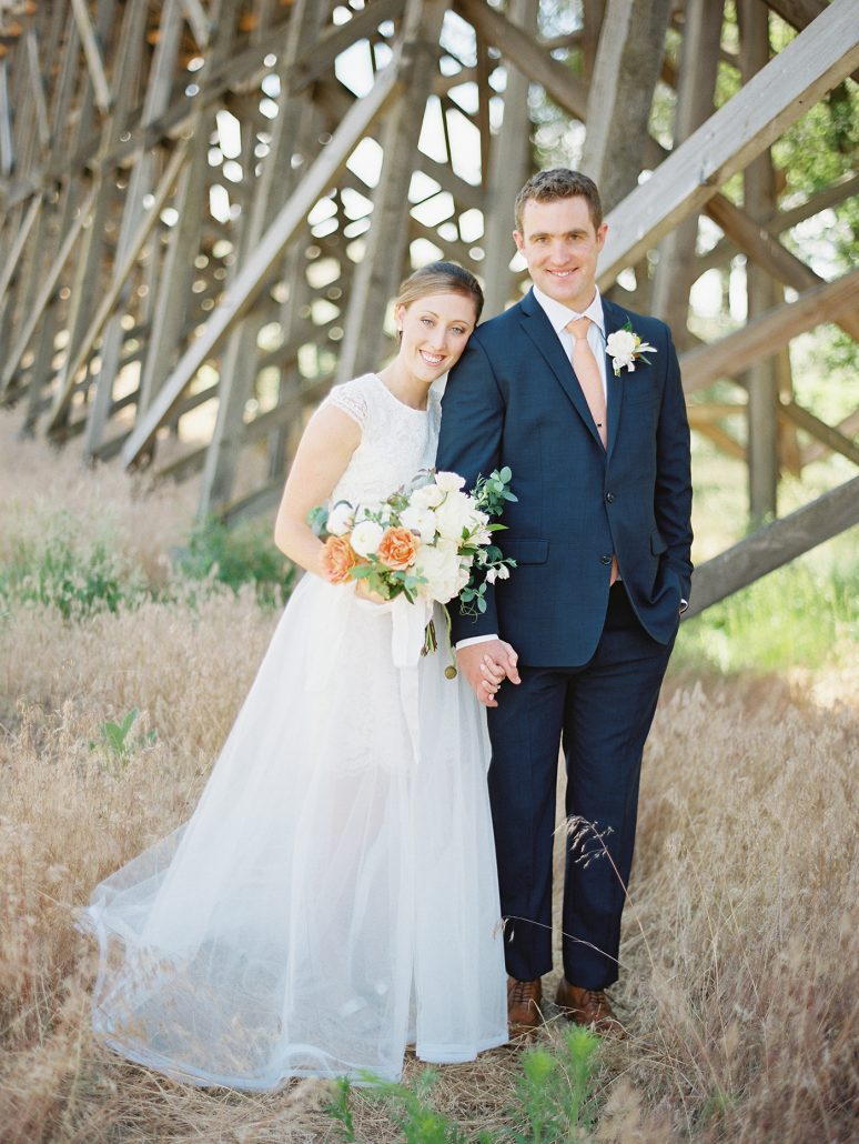 Wedding couple at Brasada Ranch