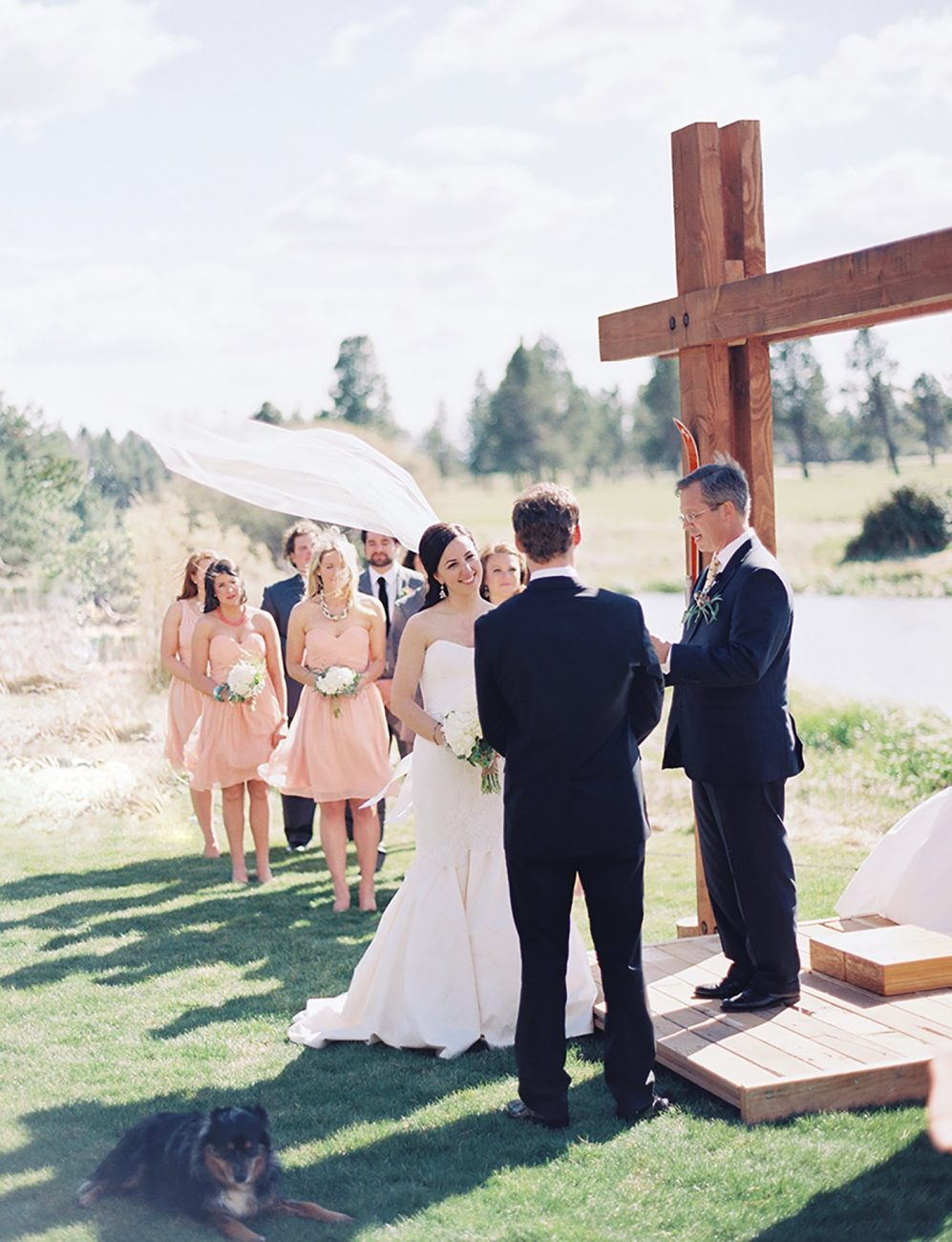 Wedding ceremony at Sunriver Resort